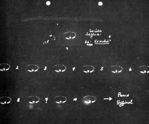 Stationary Ring-Shaped UFO Filmed on Super 8 - Alberton, Australia